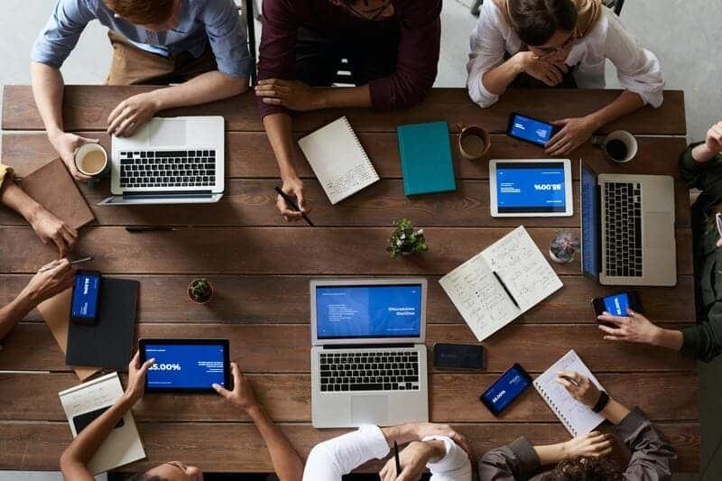 O novo RH: como a tecnologia transforma a gestão de pessoas