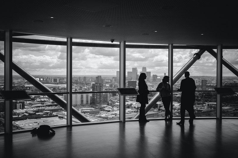 Como CEOs resolvem os conflitos entres os liderados diretos